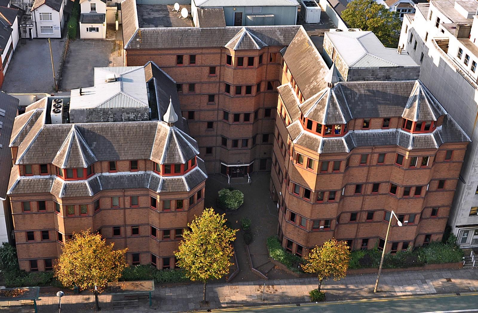 Cardiff Sixth Form College: Главный поставщик студентов в Оксбридж