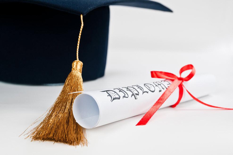 Зарубежный диплом = карьерный успех в России?