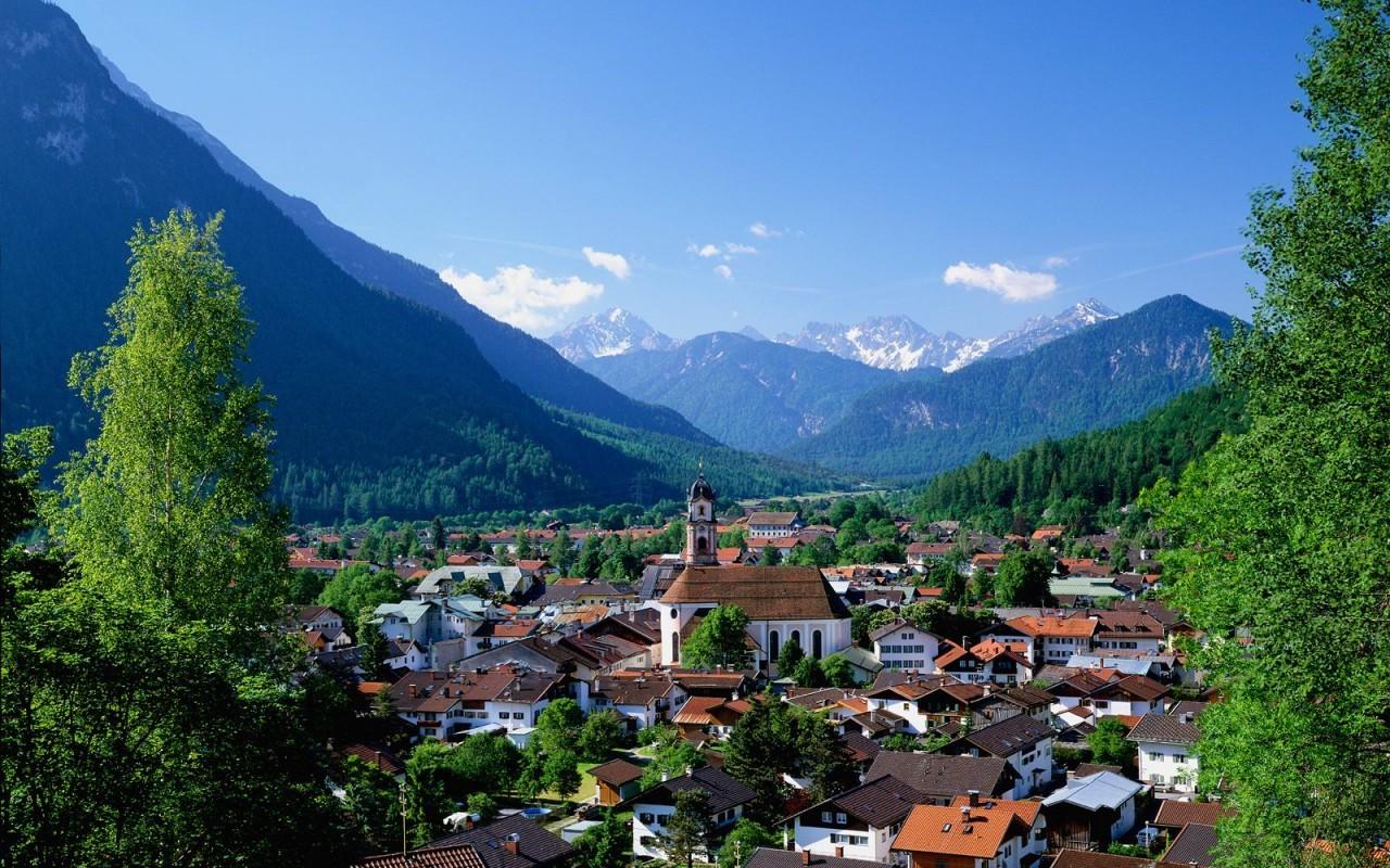 Все прелести маленькой Германии: немецкий язык и Альпы