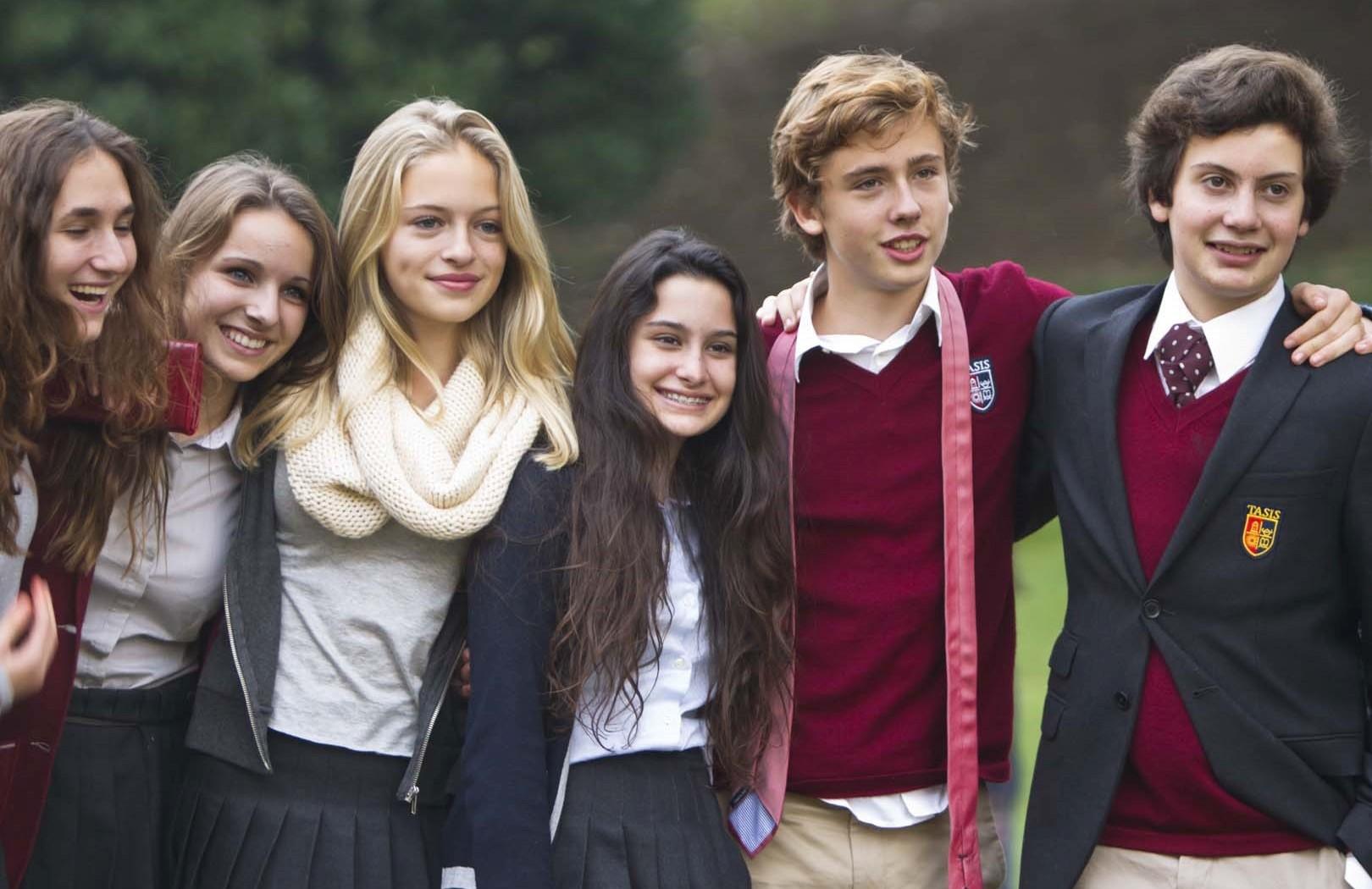 Выбираем среднюю школу: Великобритания или США?
