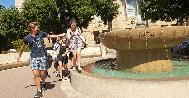 Приятное с полезным: летние курсы при топ-университетах Англии и США