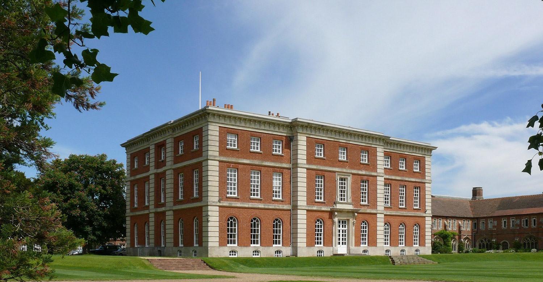 Лето в Radley College: английский и спорт под Оксфордом