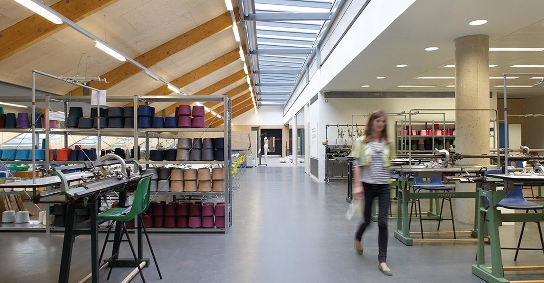 Английский + графический дизайн в знаменитом колледже искусств Central Saint Martins College of Art and Design