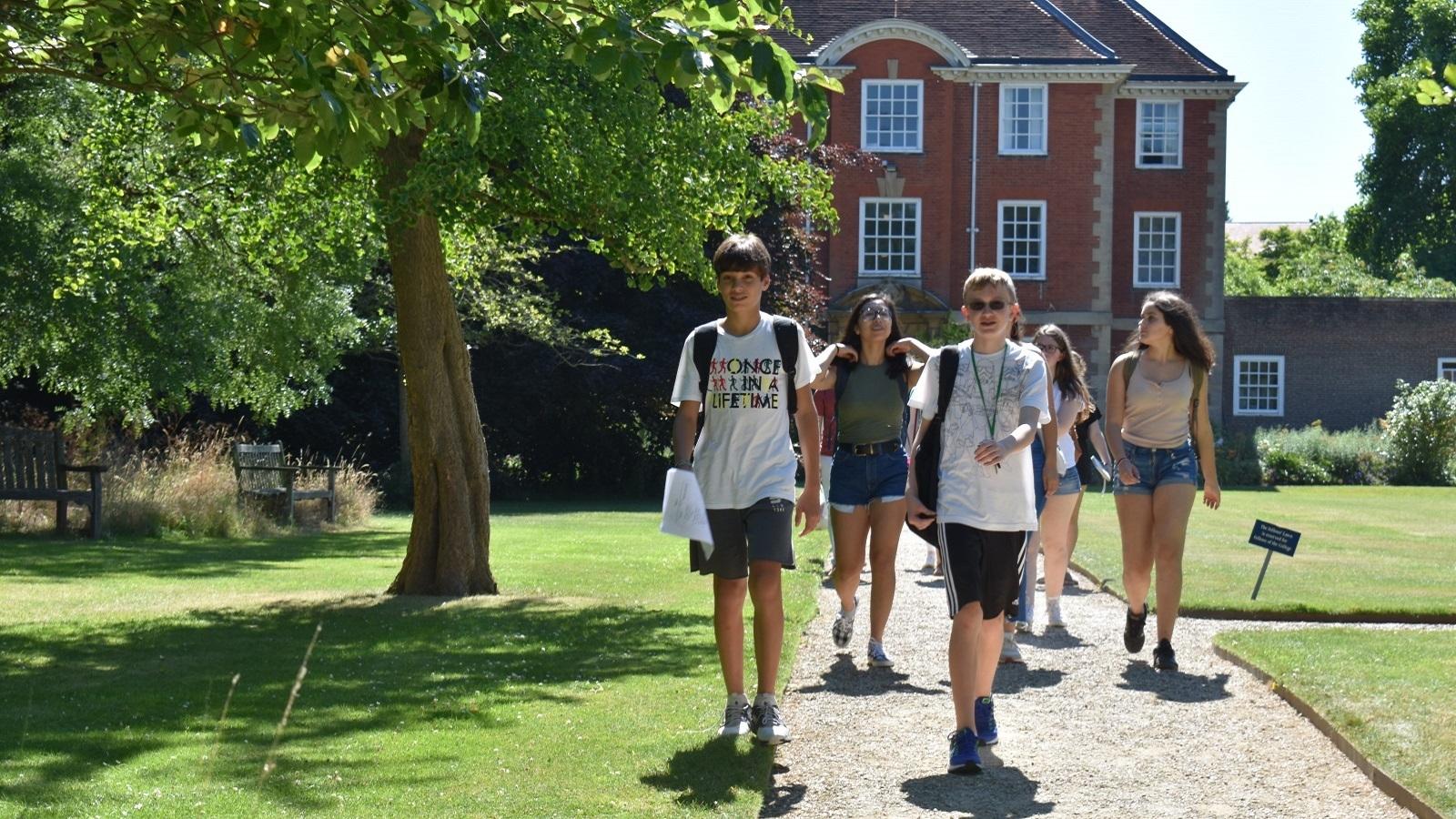 Красочные и продуктивные каникулы в Oxford University: академическая программа