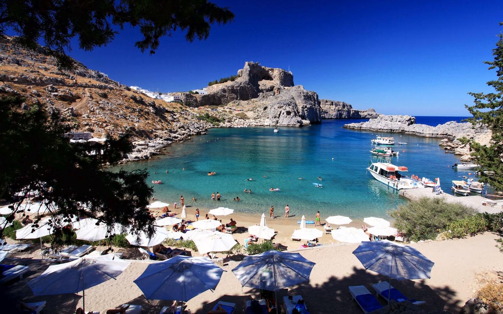 St. Paul's Bay: пляж, мороженое и английский язык на Мальте