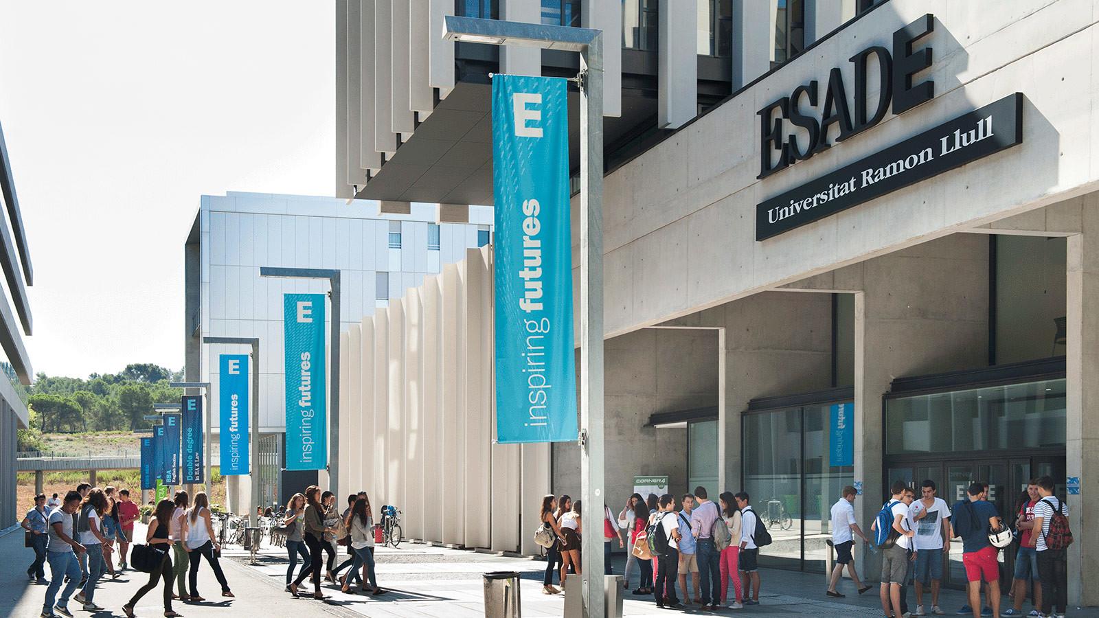 Escuela Superior de Administracion de Empresas: Язык и культурное погружение; Творчество
