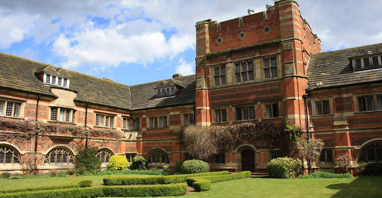 St.Alban's School: английский язык и отдых