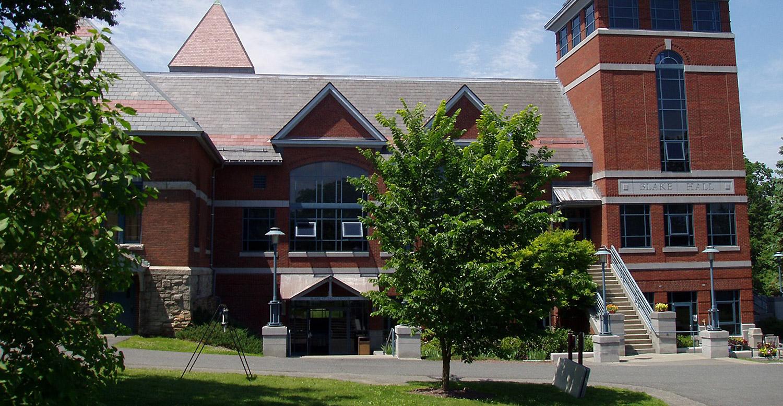 Northfield Mount Hermon: Подготовка к университету