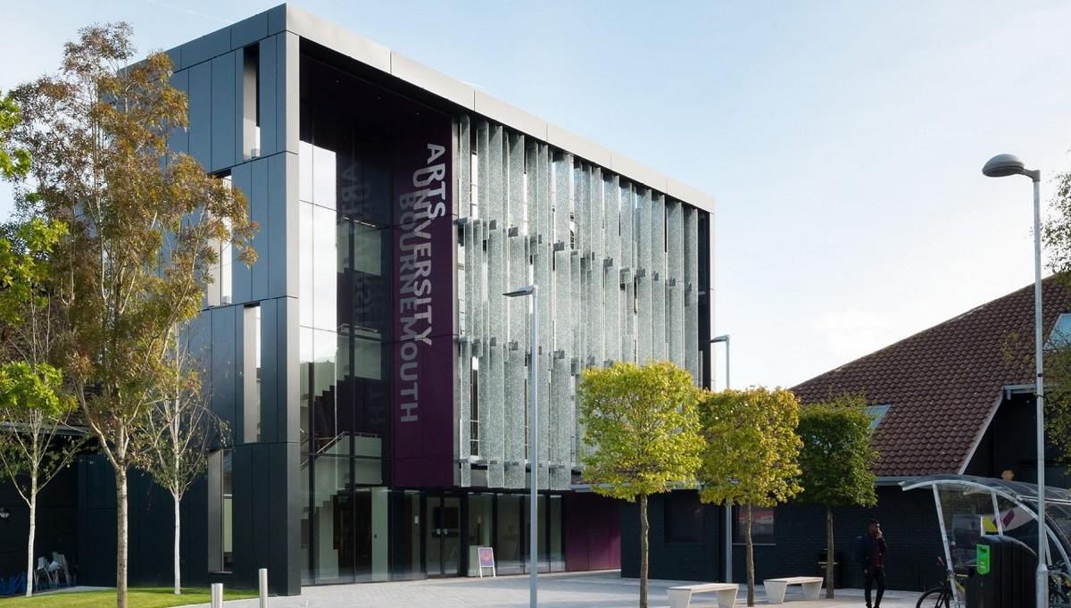 Arts University Bournemouth: Графический дизайн