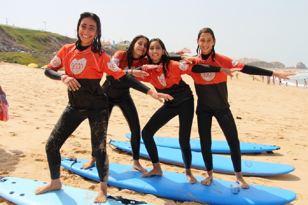 Adventure Camps in Portugal: Лагерь приключений, Серфинг