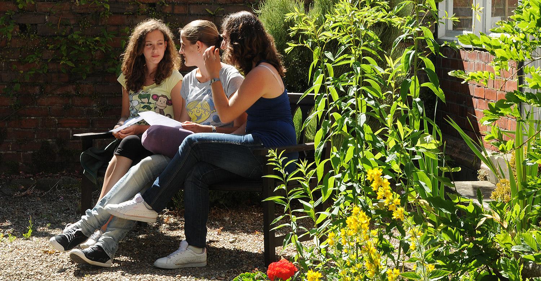 Folkestone Intensive: Интенсивный курс английского языка