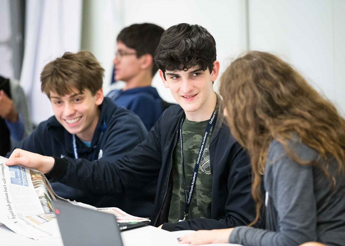 Oxford Royale Academy: Введение в  iOS App кодирование
