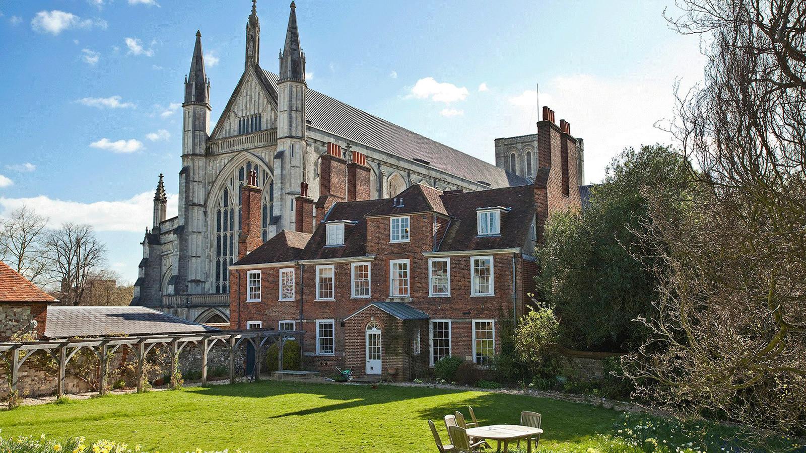 Winchester College: Академический курс английского