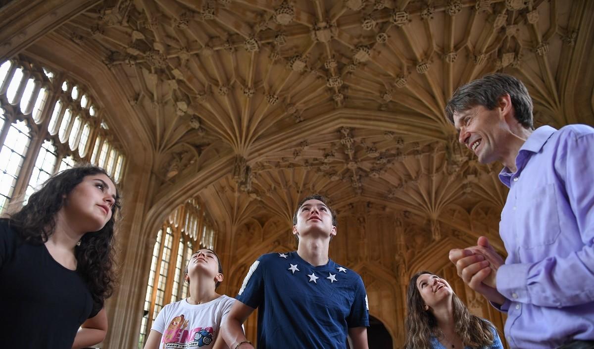 Oxford Royale Academy: Подготовка к поступлению в университет: SAT, IELTS