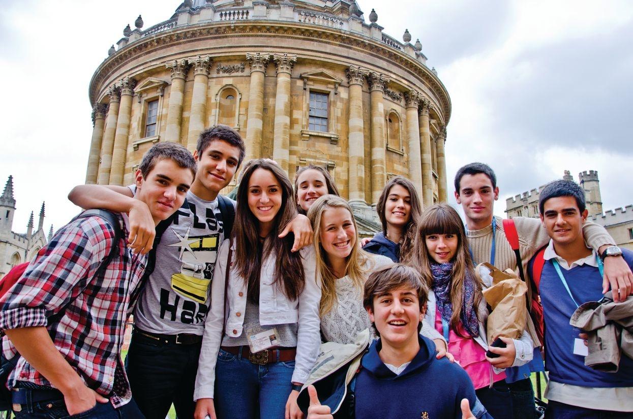 Dulwich College: Молодые лидеры: дебаты и критическое мышление