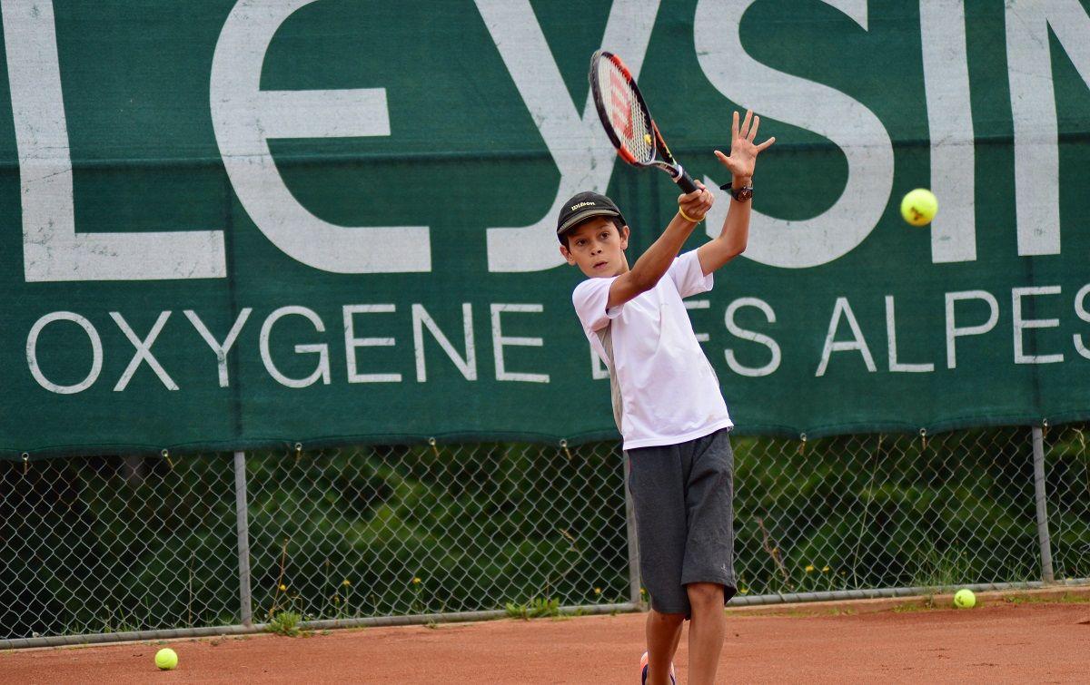Adventure Camps in Switzerland: Французский язык + теннис