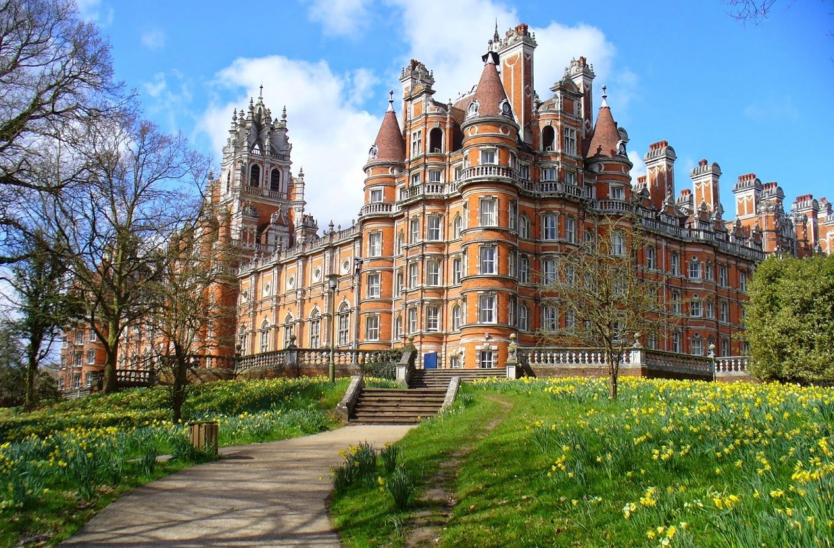 Imperial College: Введение в право