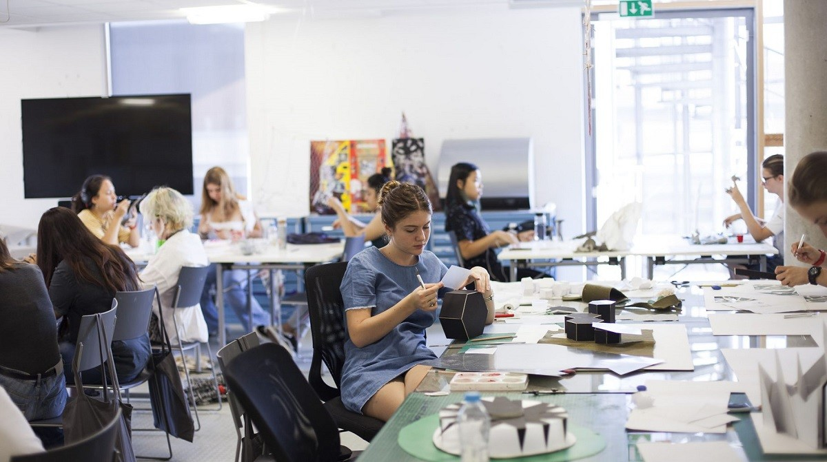 Arts University Bournemouth: Подготовка портфолио