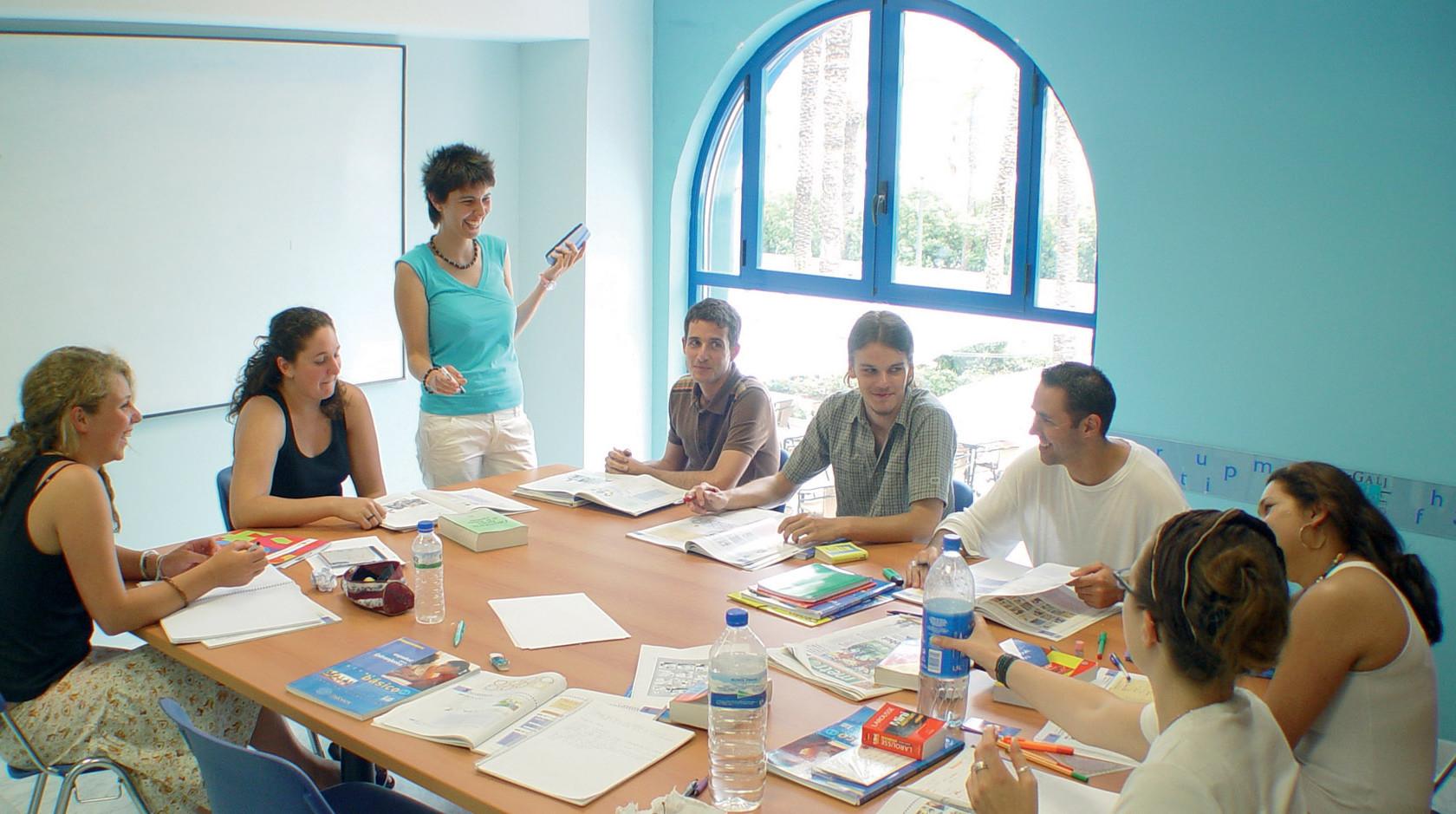 Enforex Barcelona: Деловой испанский, подготовка к экзамену