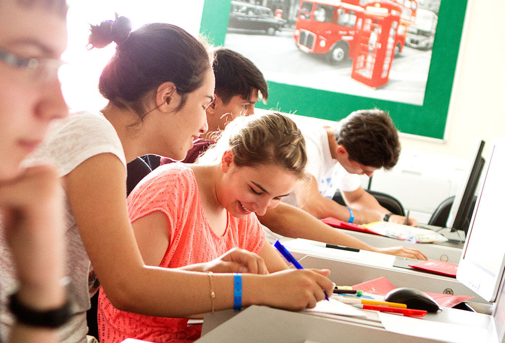 Harrow House International College: английский для младших школьников
