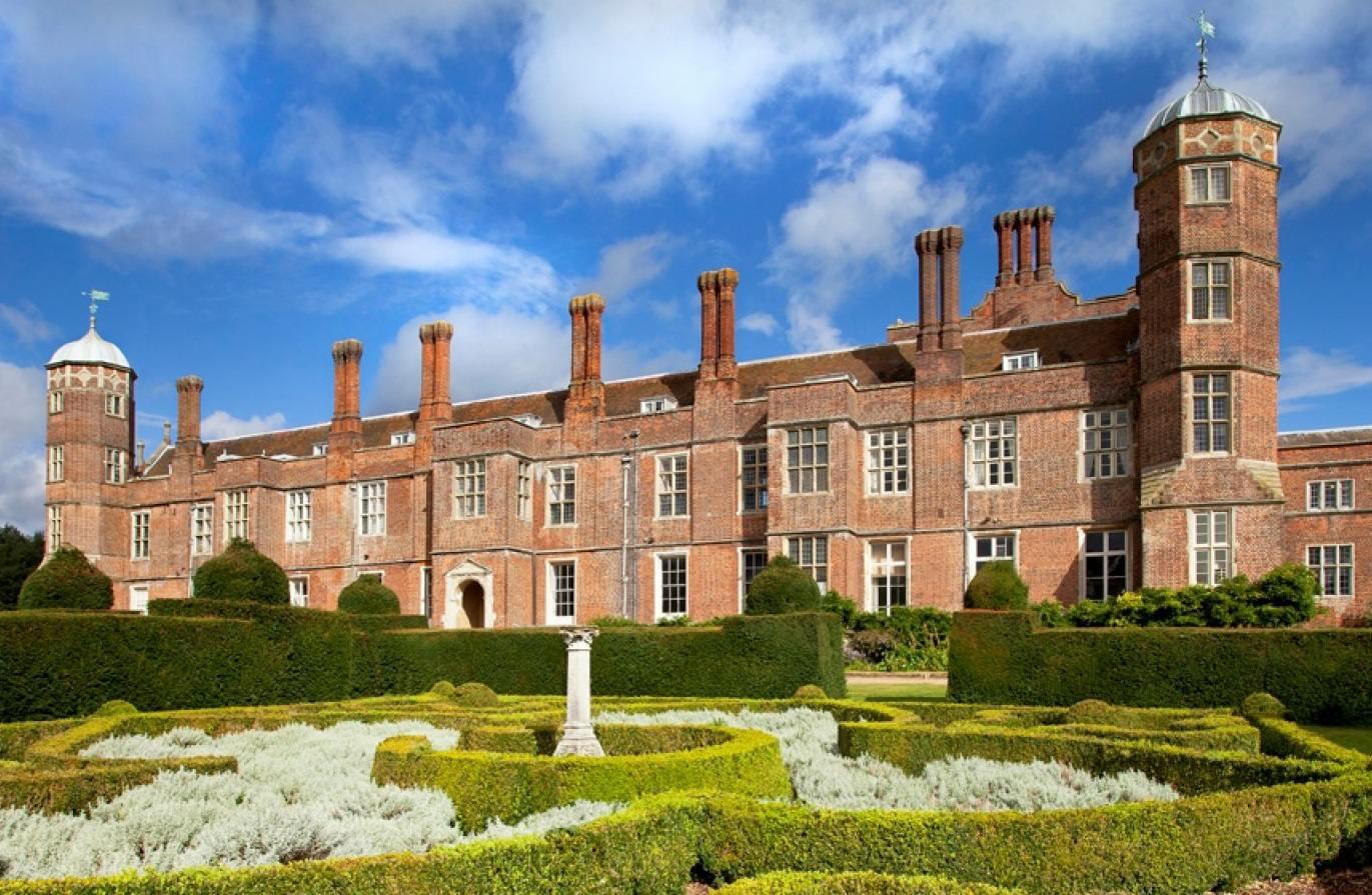 Cobham Hall School: Первая поездка в Англию