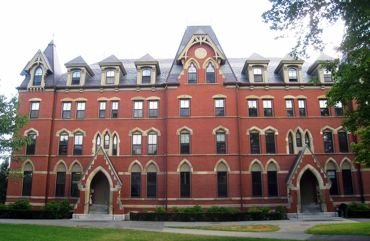 Профориентация на летней программе в Tufts University, Бостон